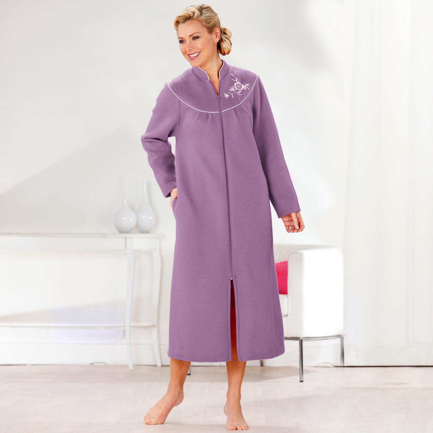 Robe de chambre peignoir for Peignoir de chambre