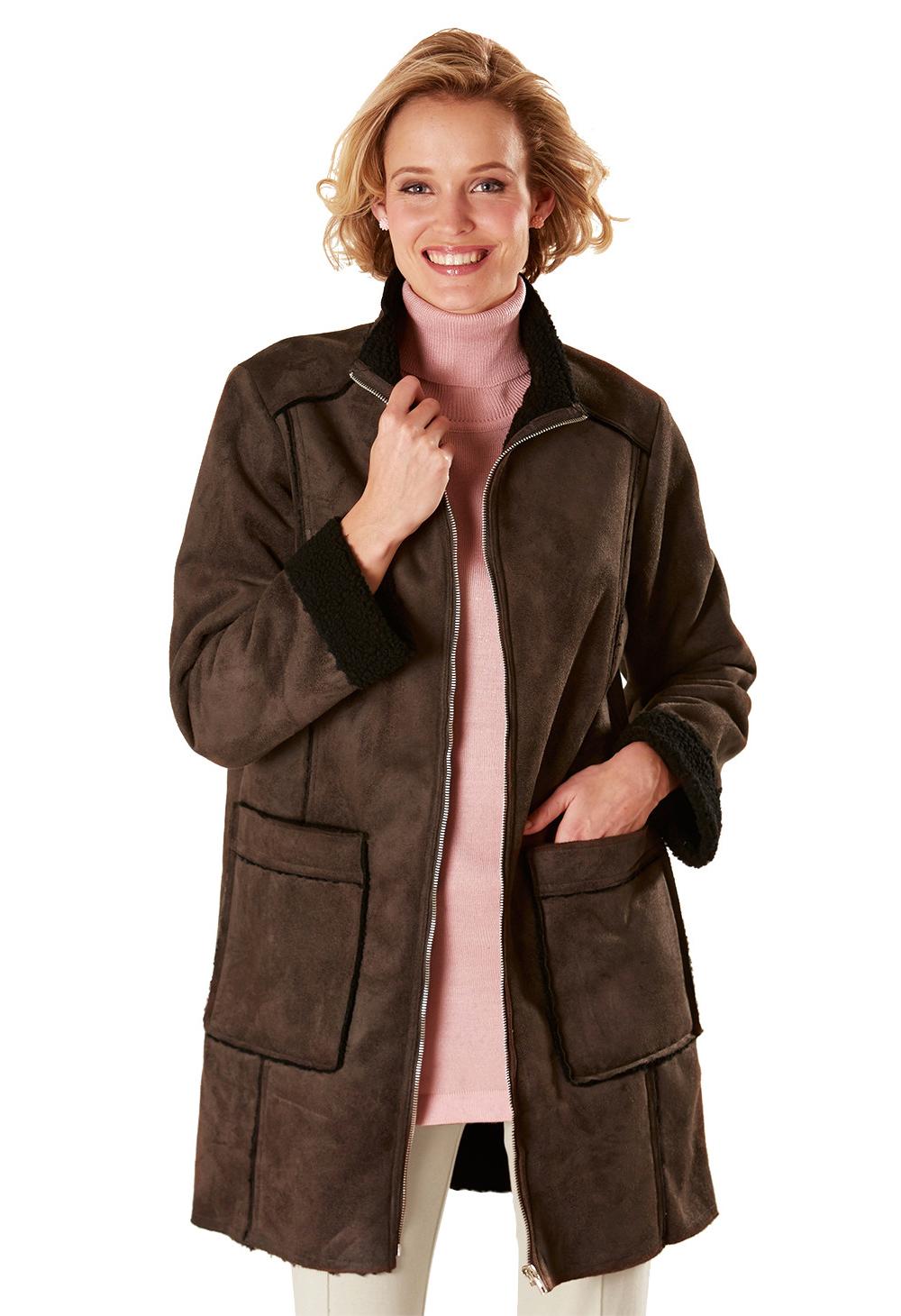 Manteau effet peau lainée